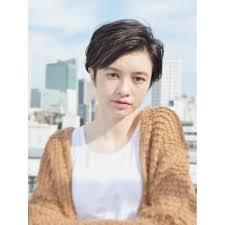 黒髪ワンレンショート Natsuyaナツヤのヘアスタイル 美容院美容