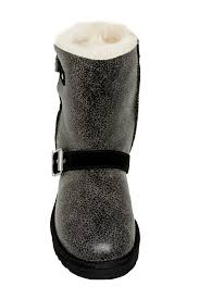 UGG   Classic Short Dylyn Genuine Sheepskin Boot   Nordstrom Rack