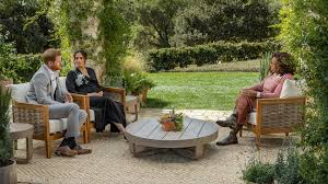 patio chairs at centre of oprah