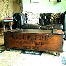 vintage storage trunk travel coffee table steamer subject antique chest vin