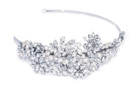 Designer Wedding Tiaras Uk Pearl Beauty Pearl Headpieces And Accessories Lie Amour