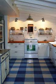 Checkered Kitchen Floor Kitchen Flooring Ideas Nice Flooring The Linoleum Tile Is A Good
