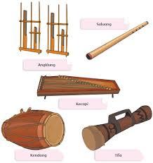 Alat ini terbuat dari kayu, kulit binatang, hingga rotan. Berbagai Macam Alat Musik Dan Cara Memainkannya Artikel Guru