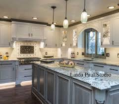 white kitchens backsplash ideas. Fine Backsplash Ravenna Medallion In Grey White And Black Kitchen To White Kitchens Backsplash Ideas S