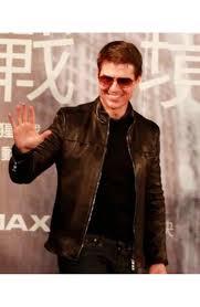 oblivion premiere tom cruise leather jacket