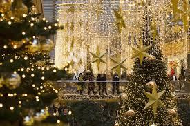 Nbc News Christmas Lights Holiday Season Lights Up Decorating With Christmas Lights