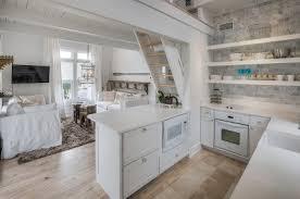 Fantastic Beach Cottage Kitchen Design And Decorating (59)