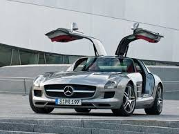 Mercedes benz truck tractors on agrimag in south africa. Mercedes Sls Amg Gullwing Coming To Cape Town And South Africa 2oceansvibe News South African And International News
