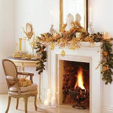 Gorgeous Fireplace Mantel Christmas Decoration Ideas _38