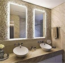 A fita de led também é uma ótima opção para a decoração. Espelho Lapidado Bisote Iluminado Com Led Neutro 50x60cm Woodglass Acessorios Vidro E Madeira