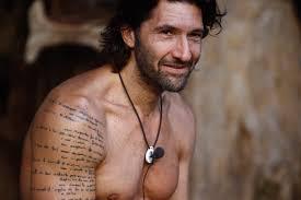 I Tatuaggi Di Walter Nudo Ecco Cosa Contiene Il Testo Scritto Sul