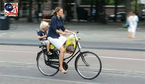 babies04 Cycling with babies and toddlers | BICYCLE DUTCH