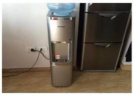 Kết quả hình ảnh cho máy nước uống nóng lạnh Sharp