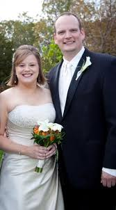Couple married in fall ceremony | Weddings | lexch.com