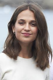 Alicia Vikanders Fresh New Do Proves The Lob Will Live On For Fall