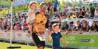 During our fifth season together, we will be racing in the various formats of the chicago triathlon, at foster beach on saturday, august 28, and beginning at monroe harbor on sunday, august 29. Datev Challenge Roth Wo Sich Die Triathlon Familie Trifft Beatyesterday