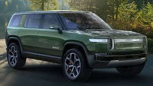 All-Electric Rivian Pickup and SUV Take Charge - Consumer Reports
