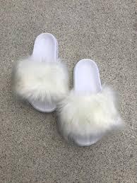 Sl Pluizig Dias Naam Lily Kleur Wit Namaakbont Slippers Fashion Sandalen
