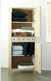 diy linen closet built by elisha albretsen from pneumatic addict