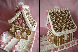 creative gingerbread house decorating ideas. Valentine Gingerbread House With Creative Decorating Ideas