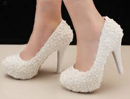 27 best skoene images on pinterest slippers, shoes and marriage Wedding Shoes Handmade handmade white lace pearl leather wedding shoes crystal bridal lace shoes bridesmaid shoes transparent sandals ballet wedding shoes handmade