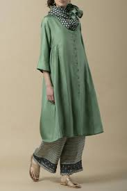 Pakistani Silk Kurtis Designs Silk Kurta Indian Designer Outfits Indian Designer Wear