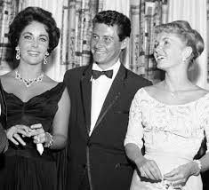 young debbie reynolds and elizabeth taylor. Perfect Young Elizabeth Taylor Eddie Fisher And Debbie Reynolds AP Throughout Young And Taylor E