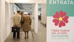 Vaccino anti-Covid, la Regione Lombardia adesso promette: