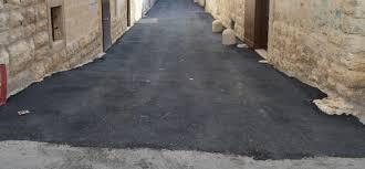 Risultati immagini per foto manto d'asfalto nero