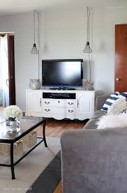 come take a tour of this newly decorated living room with tons of diy projects