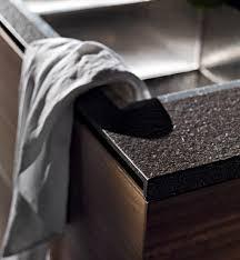 Welches Material eignet sich für Küchenfronten und Arbeitsplatten ...