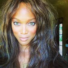tyra banks selfie tips will make you look like a supermodel