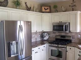 fall decorations in white kitchen appliances kitchens cabinets with stainless black steel dark oak color ideas