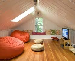 20 Spectacular Design Ideas For Unused Attic Space design homesthetics (13)