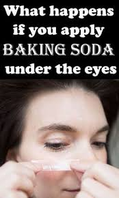 what happens if you apply baking soda under the eyes baking soda for acne baking