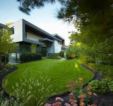 Modern Landscape Design Toronto Awarded Contemporary Home With Beautiful Garden In Toronto