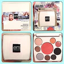 makeup review swatches em mice phan cosmetics holiday 2016 winter life ice bunny