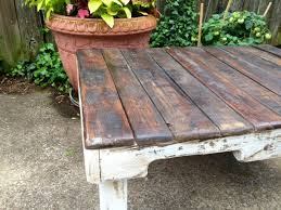 diy distressed pallet coffee table pallet furniture plans