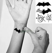 Tetování Voděodolná Tetovačka Na Tělo Netopýr