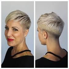 Vind Hier Het Ideale Korte Kapsel In Een Prachtige Blonde Haarkleur