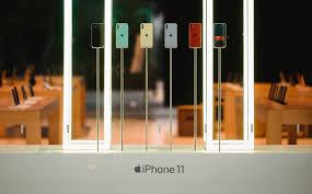 Nhà bán lẻ Trung Quốc phải giảm giá sâu iPhone 11 để kích cầu