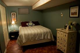 bedroom: Adorable Basement Bedroom Ideas With Comfortable Bed On Sleek  Floor And Flowers On Unusual