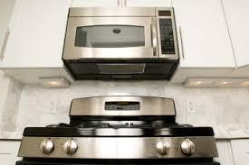 my whirlpool microwave makes humming