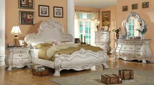 Fancy Traditional Bedroom Furniture Tips On Choosing The Right ...