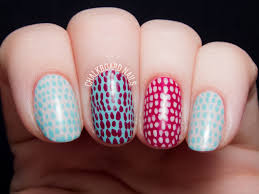 Quick and Simple Scaled Nail Art [VIDEO TUTORIAL] | Chalkboard ...
