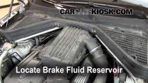 replace a fuse 2007 2013 bmw x5 2008 bmw x5 3 0si 3 0l 6 cyl 2007 2013 bmw x5 brake fluid level check