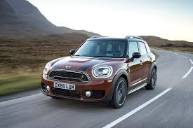 2017 mini countryman vs 2017 mini clubman what s the difference featured image large