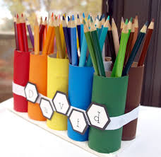 Pencil crayon organizer out of toilet paper rolls. - would be cute for pens/