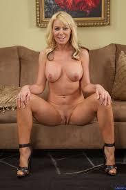 Lovely Mom Is Getting Naked photos Seth Gamble Sasha Sean.