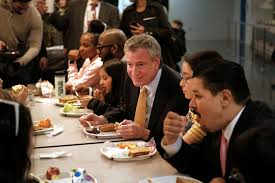 new york mayor bill de blasio joins s chancellor richard carranza and children for lunch at ps130 a brooklyn public on march 11 2019